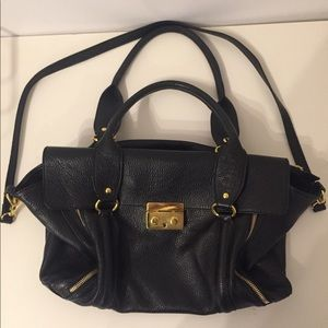 Vera Pelle Black Leather Bag with Gold Hardware